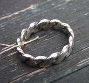 Flätad silverring